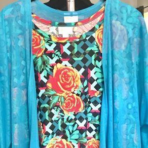 LuLaRoe M Carly/S Joy Vest!